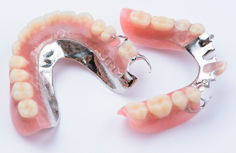 Chrome Metal Denture